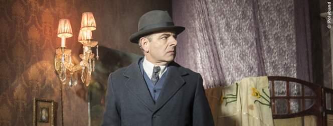 Rowan Atkinson als Kommissar