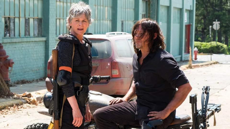 The Walking Dead Staffel 8: Erstes Foto sorgt für Gerüchte - Bild 1 von 1
