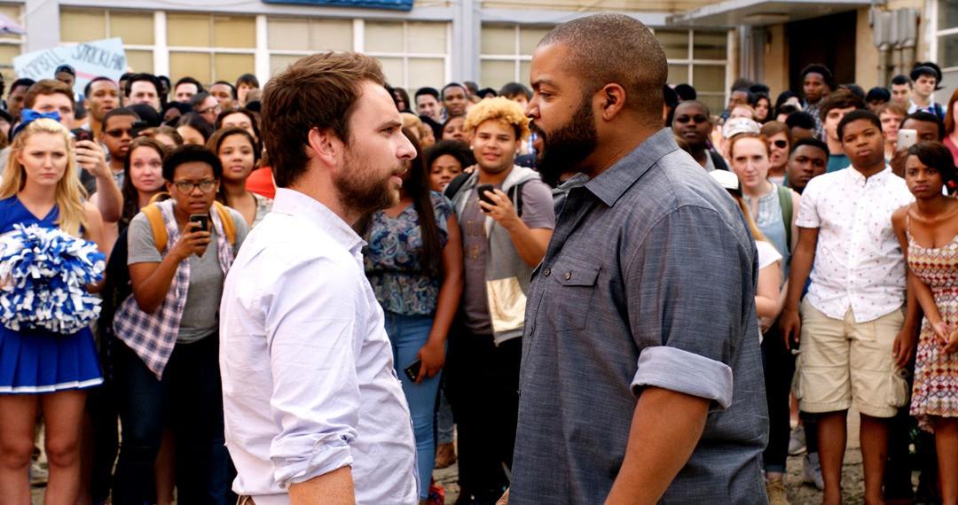 Fist Fight US Trailer: Lehrer Battle mit Ice Cube - Bild 1 von 2