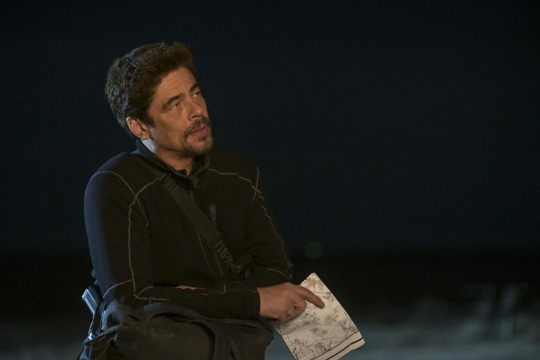Benicio Del Toro im Haupttrailer zu Sicario 2 - Bild 3 von 6
