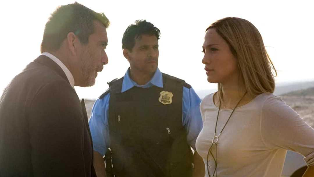Trailer zum Film Bordertown - Bild 1 von 8
