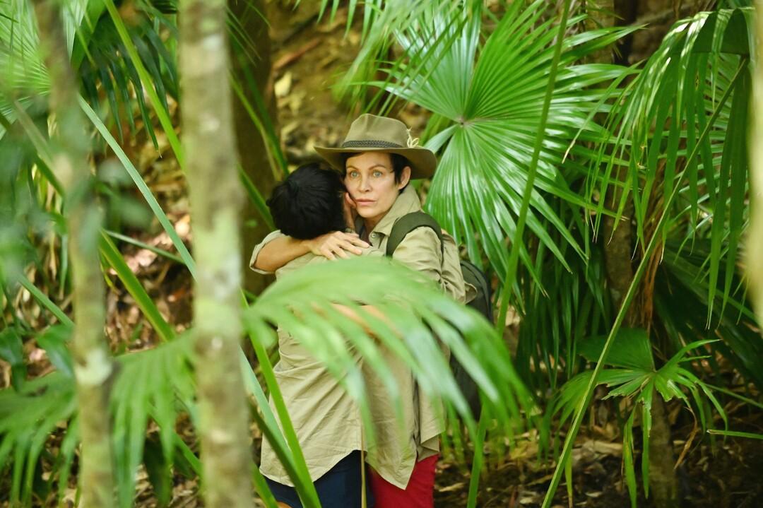 Dschungelcamp 2020: Tag 12 - Krawallbürste Elena geht auf Sven los - Bild 1 von 95