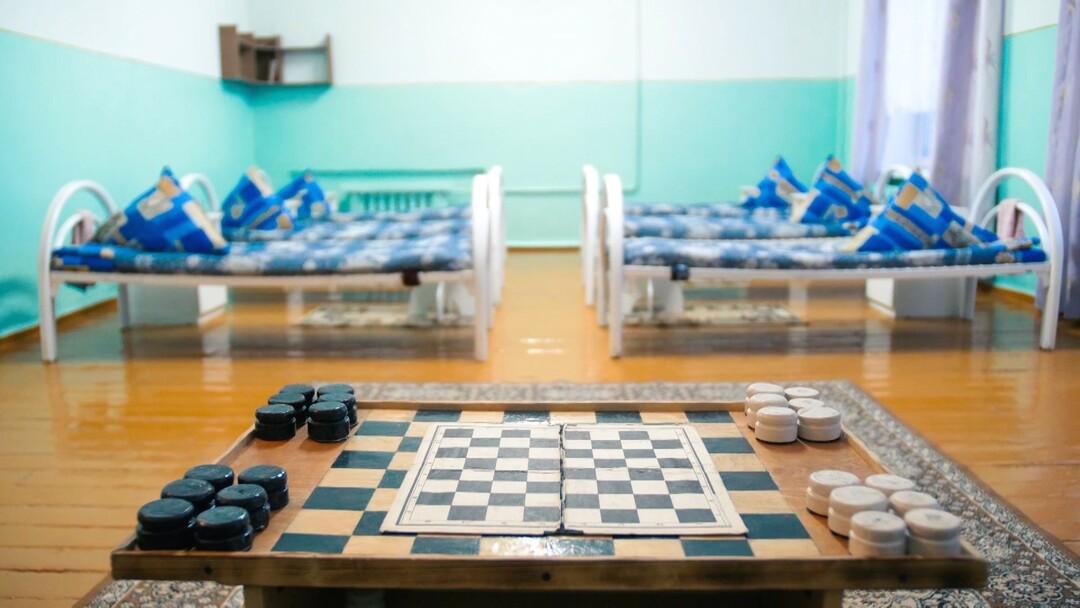 Jugendhaft in Russland: TV-Doku zwischen Knast und Kinderzimmer - Bild 1 von 5