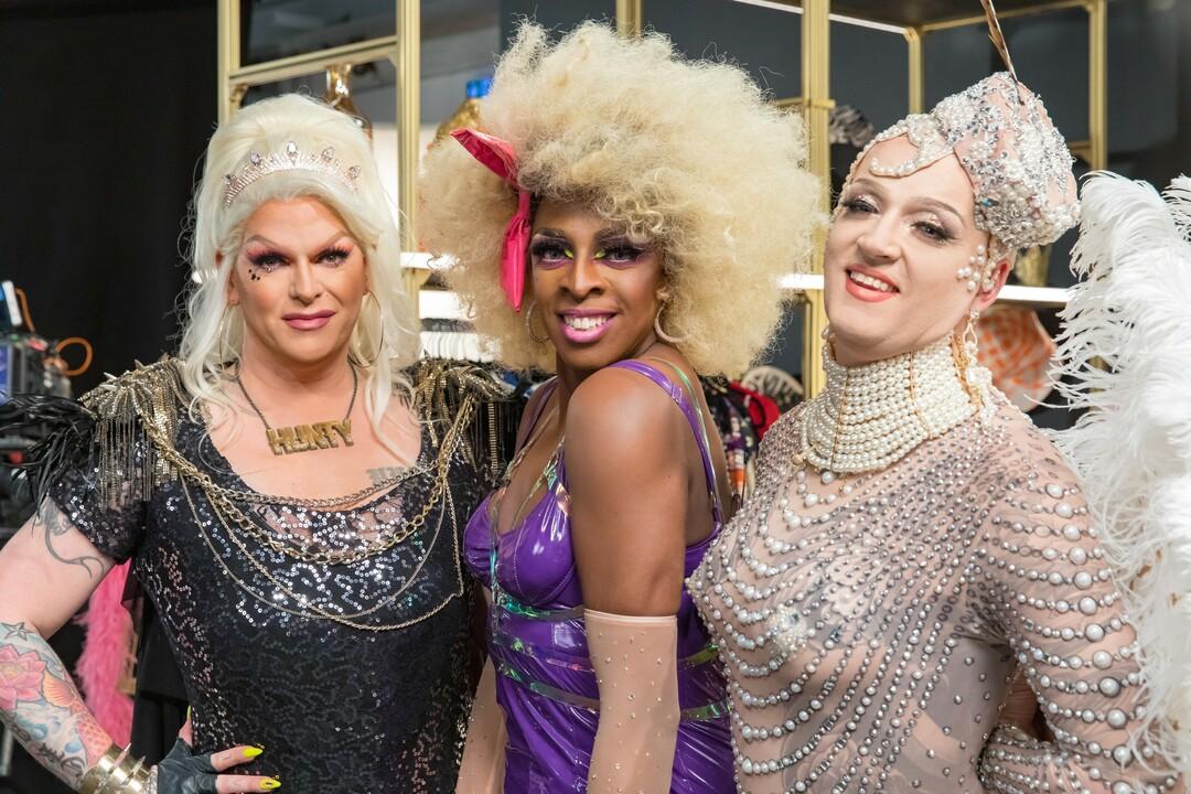 The Diva In Me: Drag-Queens stylen Frauen um bei TVNOW - Bild 1 von 5